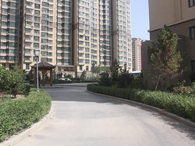 银河湾小区智慧停车场及小区亮化 (5)